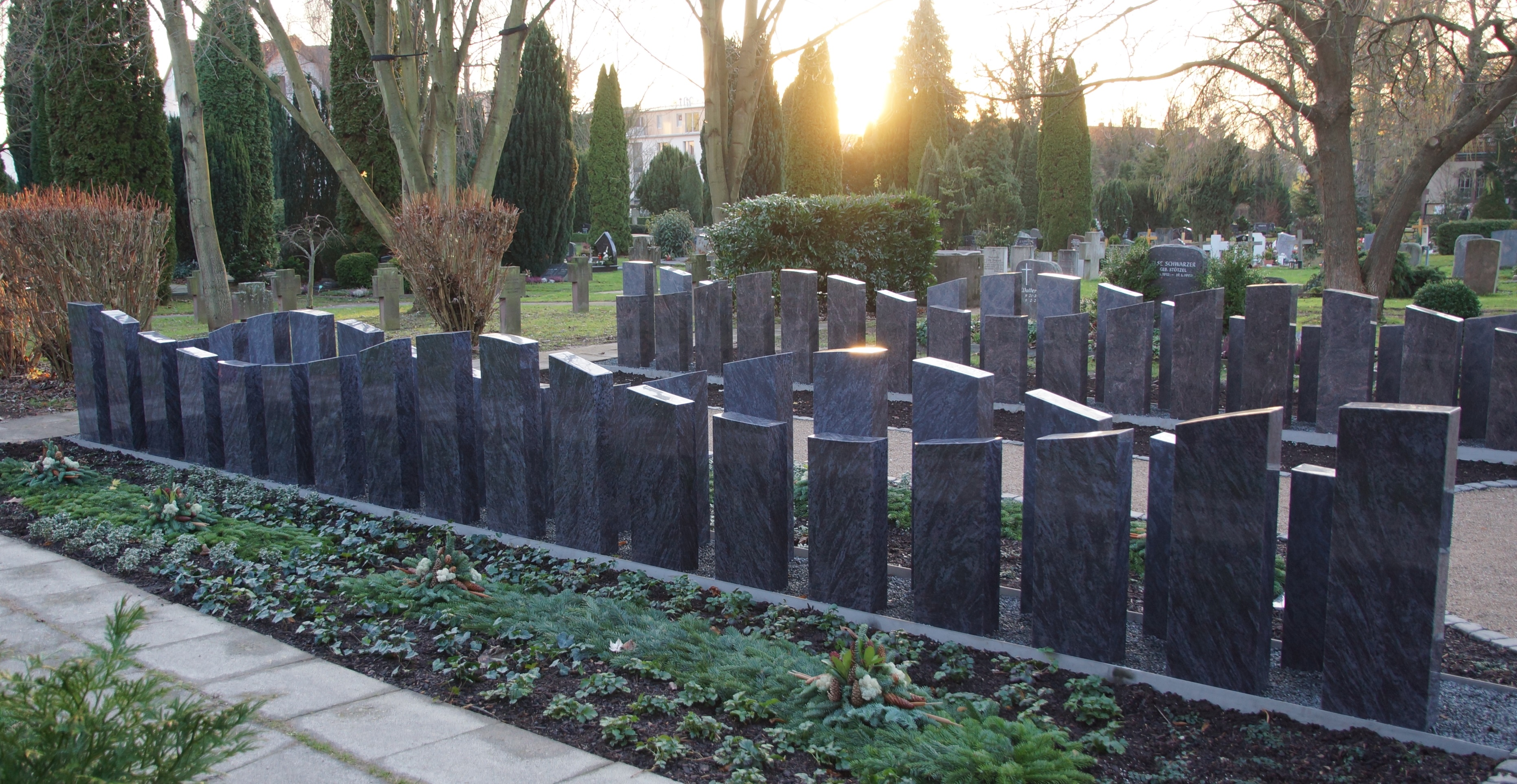 neue urnengemeinschaftsgrabanlage bachmann wille gmbh. Black Bedroom Furniture Sets. Home Design Ideas