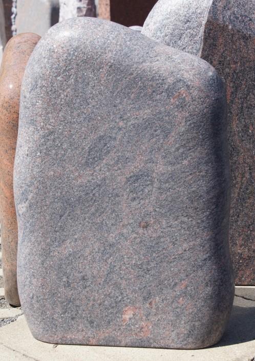 Urnenstein_Granit_satiniert_geledert_Felsen_Himalaya_braun_grau
